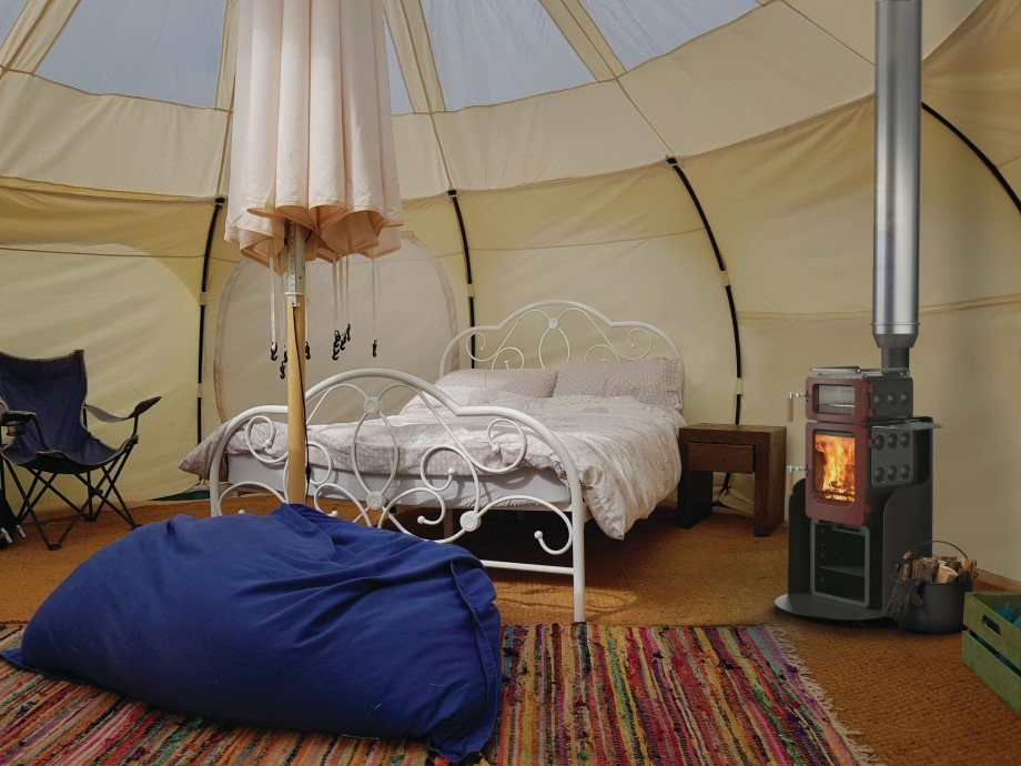apple pie glamping yurt